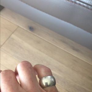 Jewelry - Stunning Sterling Silver Band